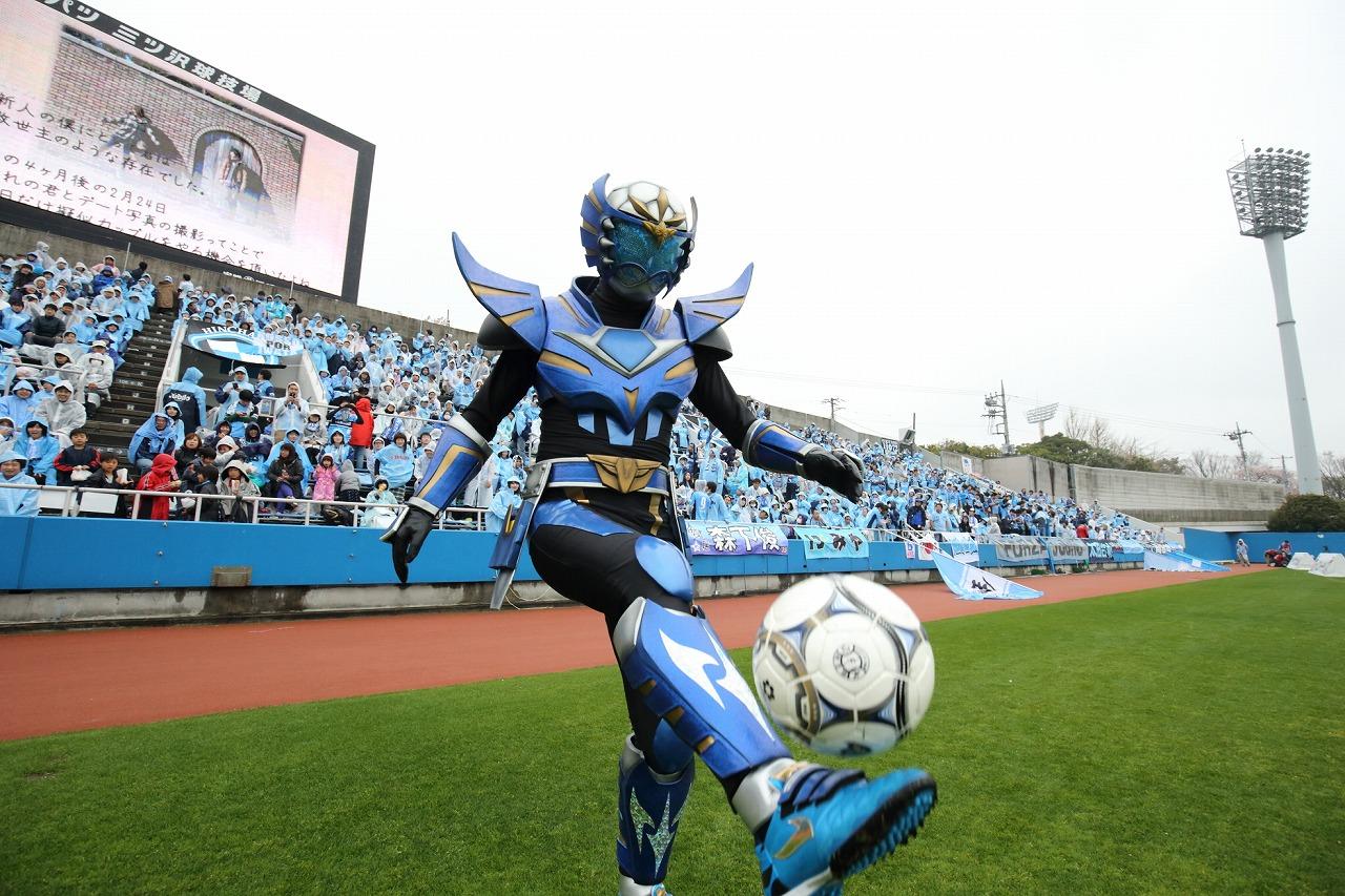 世界初のサッカーヒーロー「蹴球リベラー」! テーマソングを宇治田みのるが担当