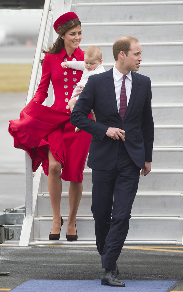 kate middleton wears red in new zealand