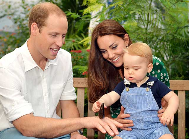 Prince-George-kate-middleton-swimming