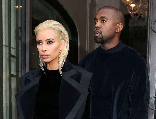Kim Kardashian unveils new blonde hairdo at Paris Fashion Week