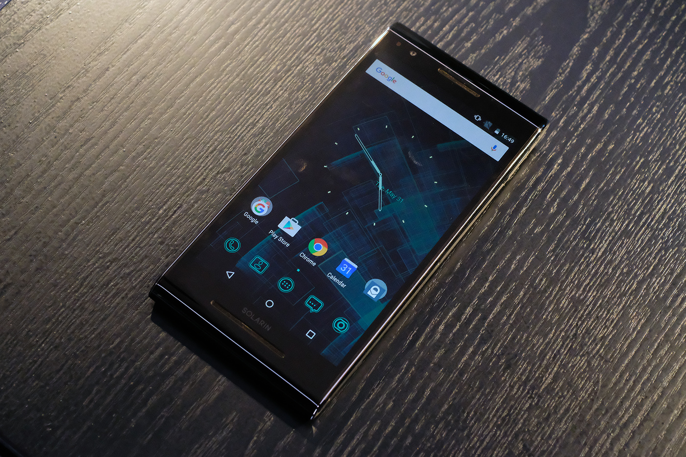 A closer look at that $14,000 Android phone