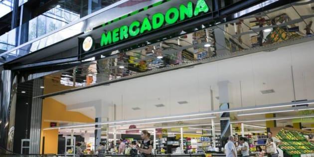 Mercadona ya ingresa uno de cada cuatro euros que se gastan en los supermercados