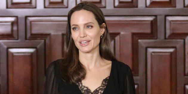 Diosdado Cabello acusa a Angelina Jolie de ser una agente de la CIA