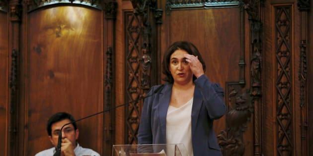 Ada Colau rechaza ceder locales del Ayuntamiento de Barcelona para el 1-O