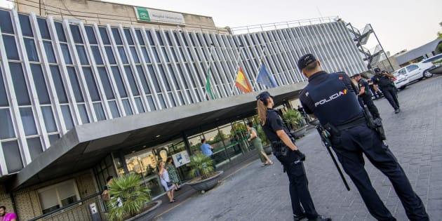 La mujer seccionada por el ascensor de un hospital de Sevilla acababa de dar a luz