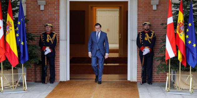 Rajoy dice que Cifuentes ha dado sus explicaciones y pide congruencia y coherencia a todo el mundo