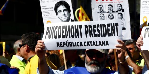 Miles de personas marchan en Barcelona para pedir la libertad de los presos soberanistas
