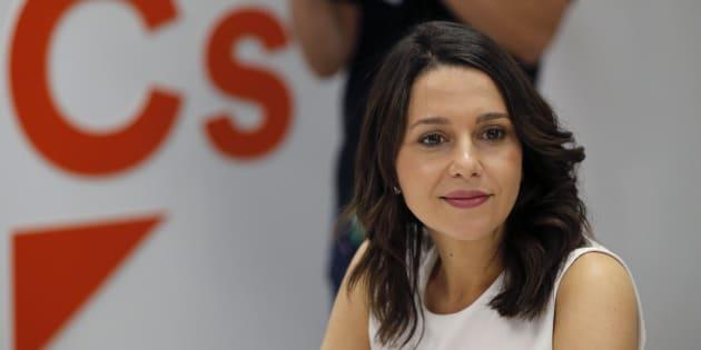 Condenada la mujer que deseó en Facebook que violaran a Inés Arrimadas