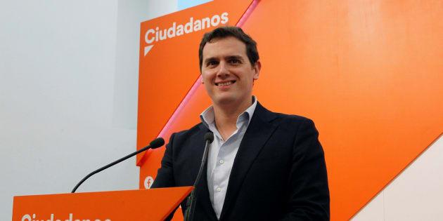 Ciudadanos ganaría hoy las elecciones generales, según una encuesta de 'El País'