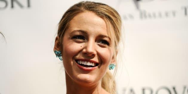 Blake Lively confunde a sus fans al publicar un 'selfie' sin maquillaje
