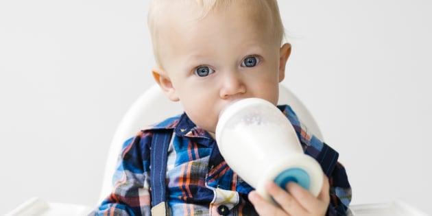 El mensaje de 'Lucía, Mi Pediatra' sobre la leche cruda que deberían leer todos los padres