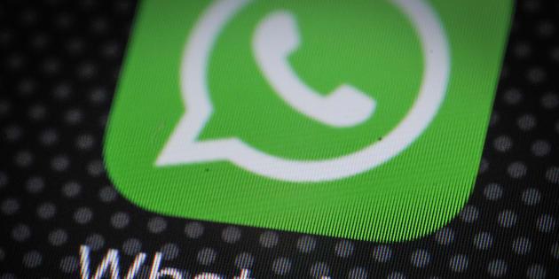 Un grave fallo de seguridad en WhatsApp permite incluir un espía en los chats