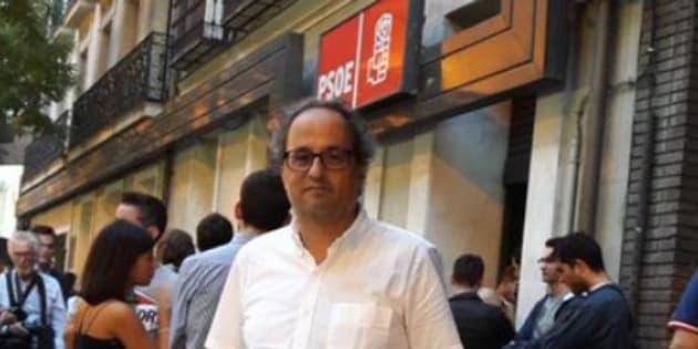 Torra estuvo en las concentraciones de apoyo a Sánchez en Ferraz