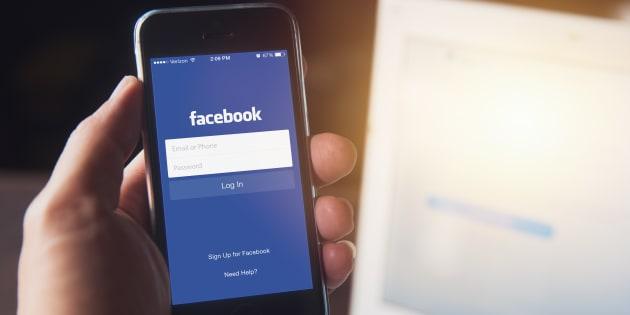 facebook violencia social red zuckerberg holocausto plataforma negacionistas