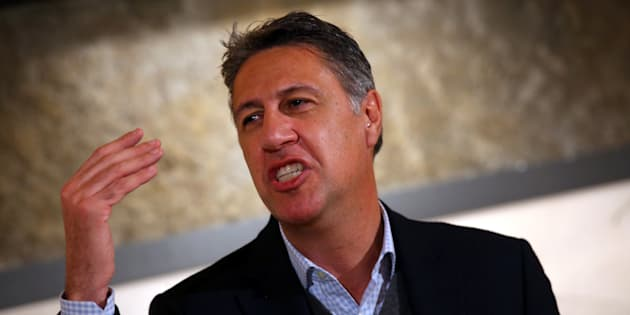 Albiol, sobre el nuevo Gobierno: Es para hacer 'La isla de los famosos'