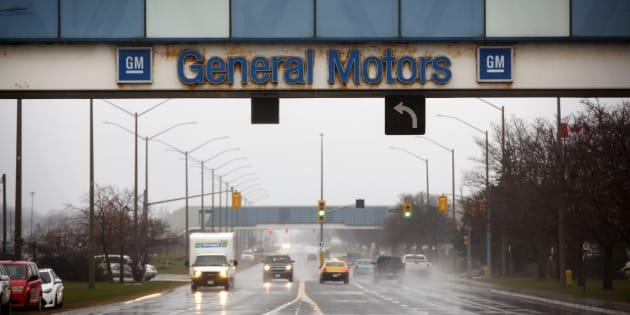 General Motors anuncia el cierre de siete fábricas en todo el mundo