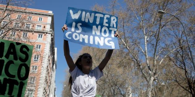 No nos queda tiempo: los jóvenes salen a la calle y claman por un futuro ecológico