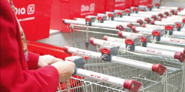 El millonario ruso Mikhail Fridman anuncia una OPA sobre los supermercados españoles Dia