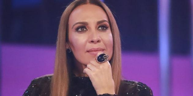 Mónica Naranjo revela en la gala 10 de OT que su hermana está hospitalizada y le dedica 'Resistiré'