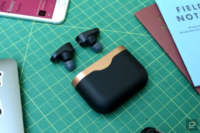 Sony WF-1000XM3 earbuds