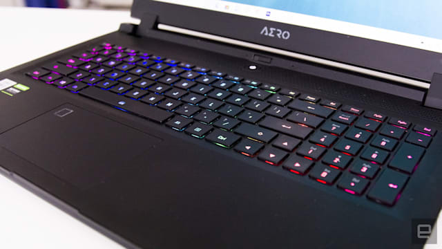 Gigabyte Aero 17 HDR review image gallery
