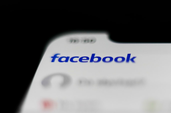 Facebook will verify identities for suspiciously popular accounts