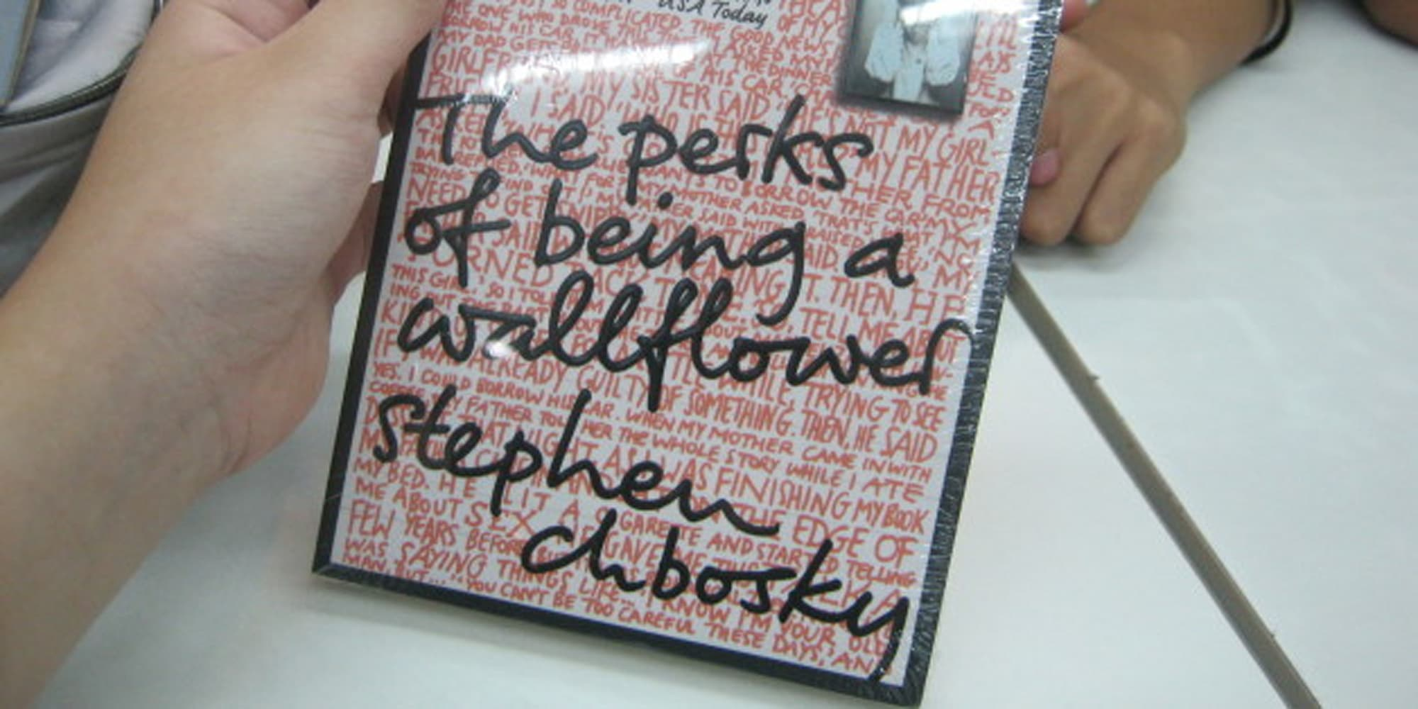 the perks of being a wallflower essay the perks of being a wallflower by ashlynn hawes on prezi nvrdns com the perks of