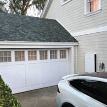 Tesla Powerwall knows when to stop charging your EV during power outages