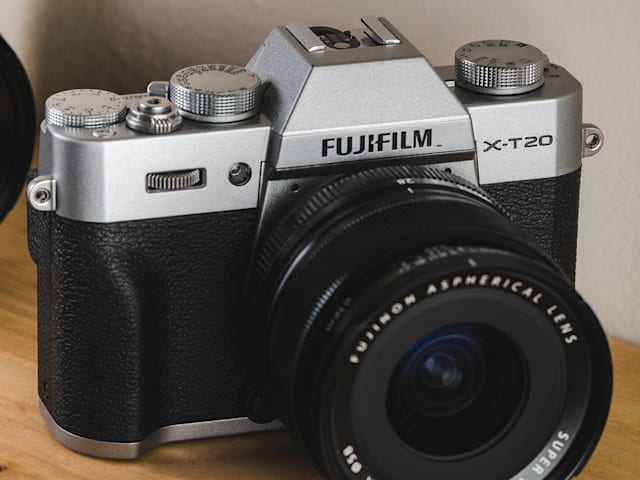 The best affordable mirrorless cameras
