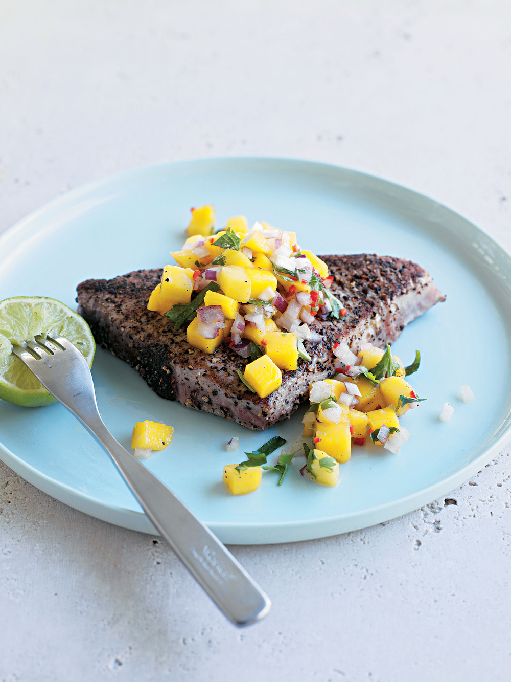 Blackened Tuna with Mango Salsa - AOL Living UK