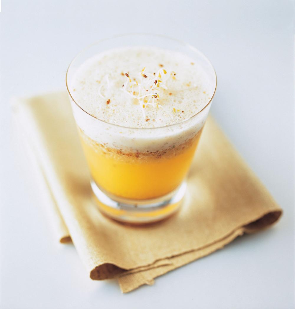 Pineapple & Alfalfa Juice