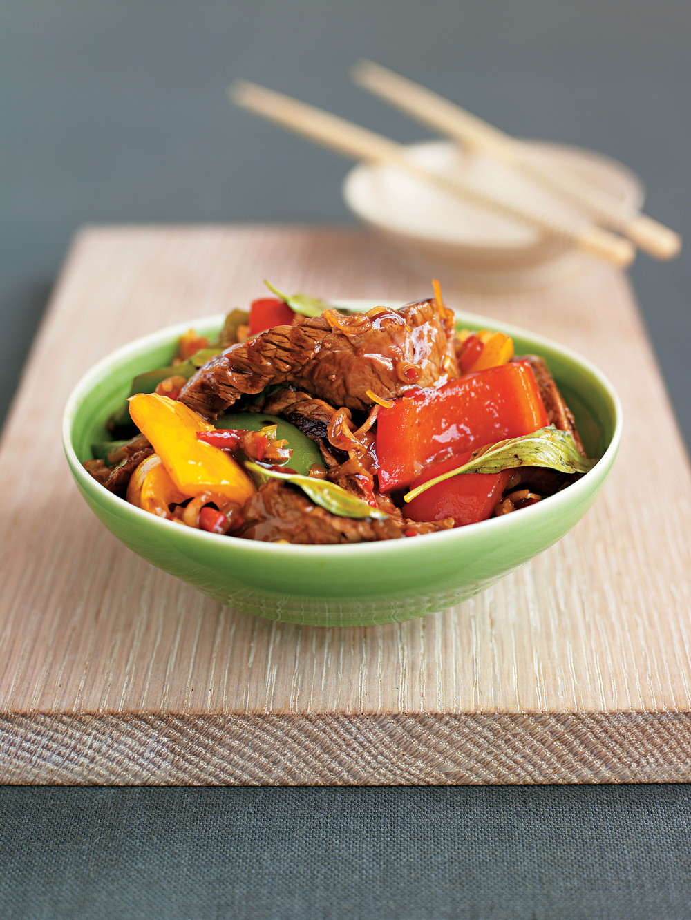 Thai Beef with Peppers & Chilli - AOL Living UK
