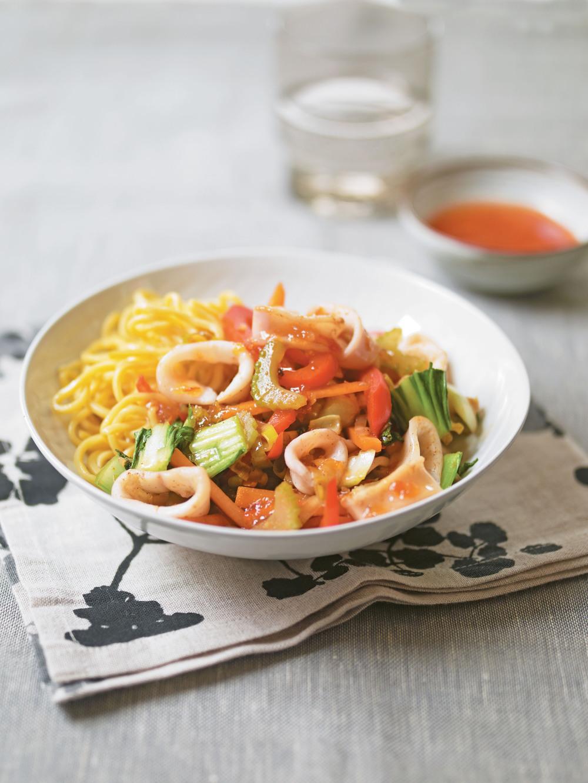 Squid & Vegetable Stir-Fry - AOL Living UK