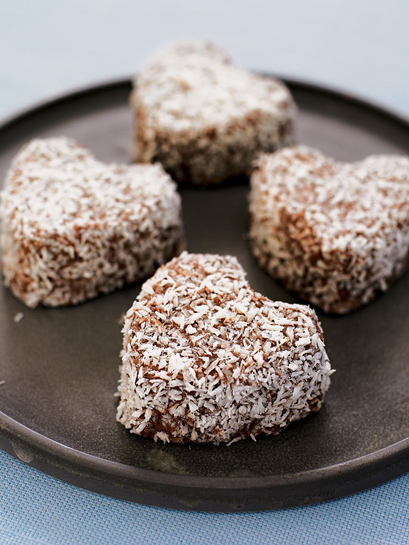 Easy Coconut & Chocolate Cakes