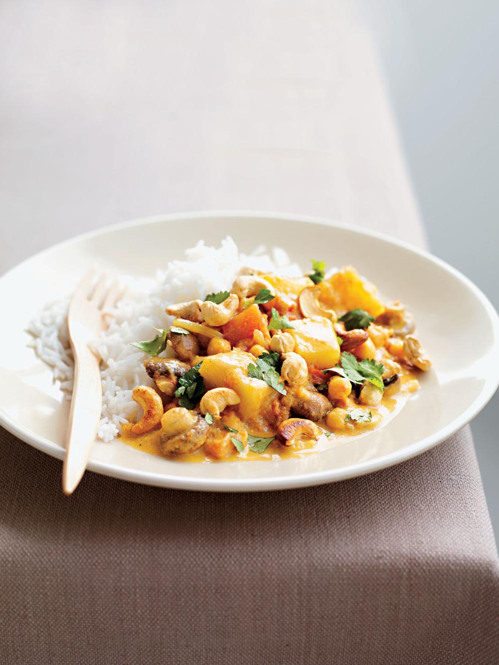 Potato, Chickpea & Cashew Curry - AOL Living UK
