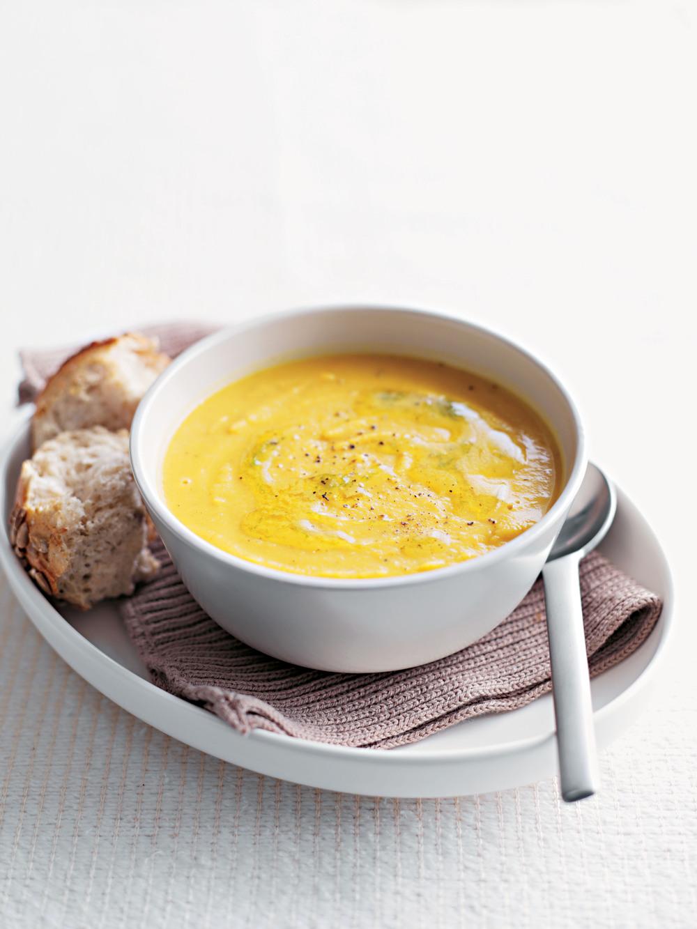 Curried Carrot & Lentil Soup