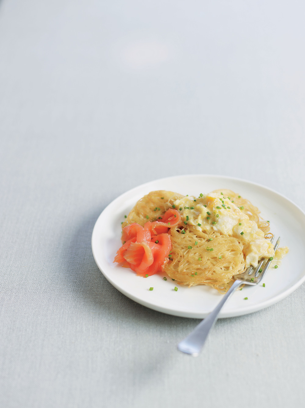 Pasta Cakes with Scrambled Eggs and Salmon - AOL Living UK