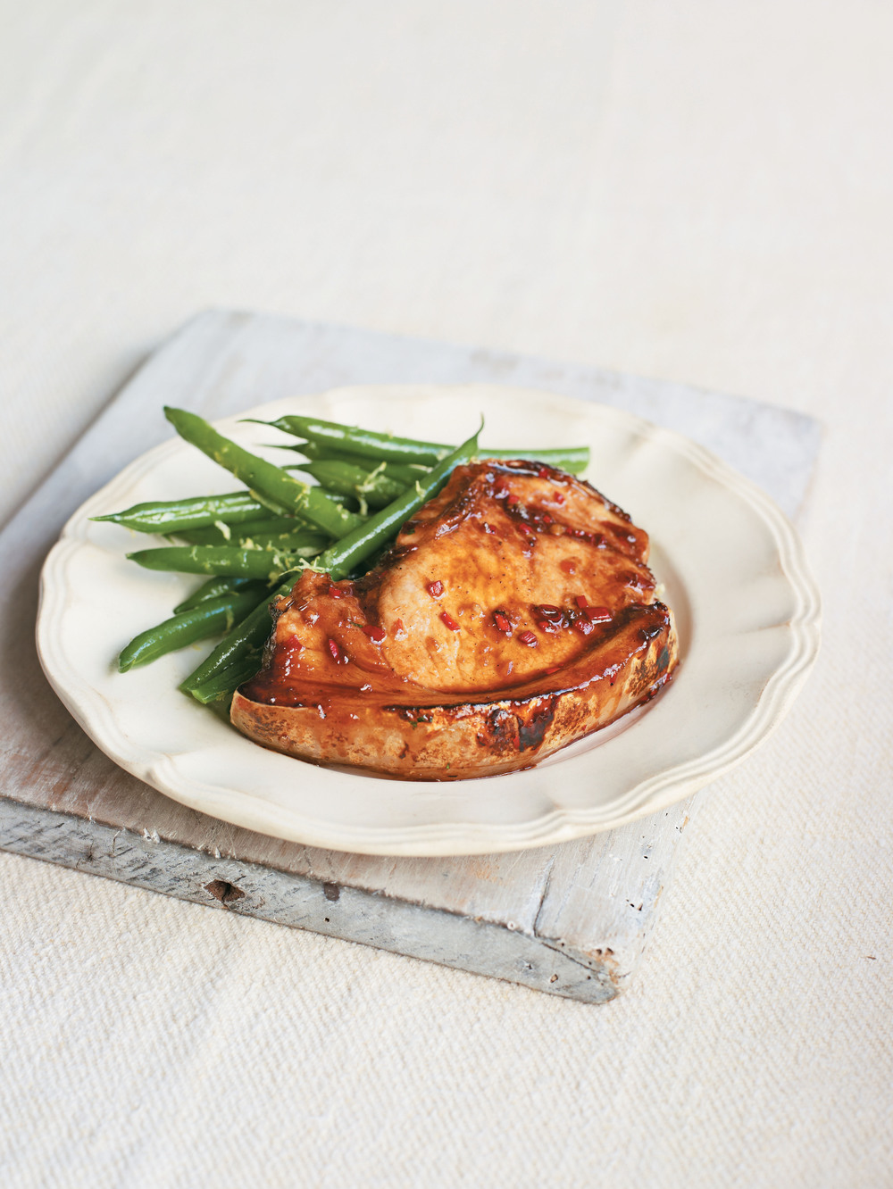 Five-Spice Pork Chops with Green Beans - AOL Living UK