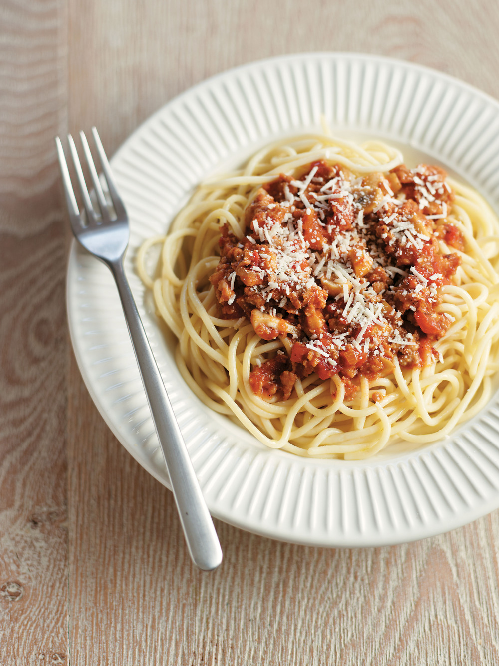 Easy Sausage Spaghetti Bolognese - AOL Living UK