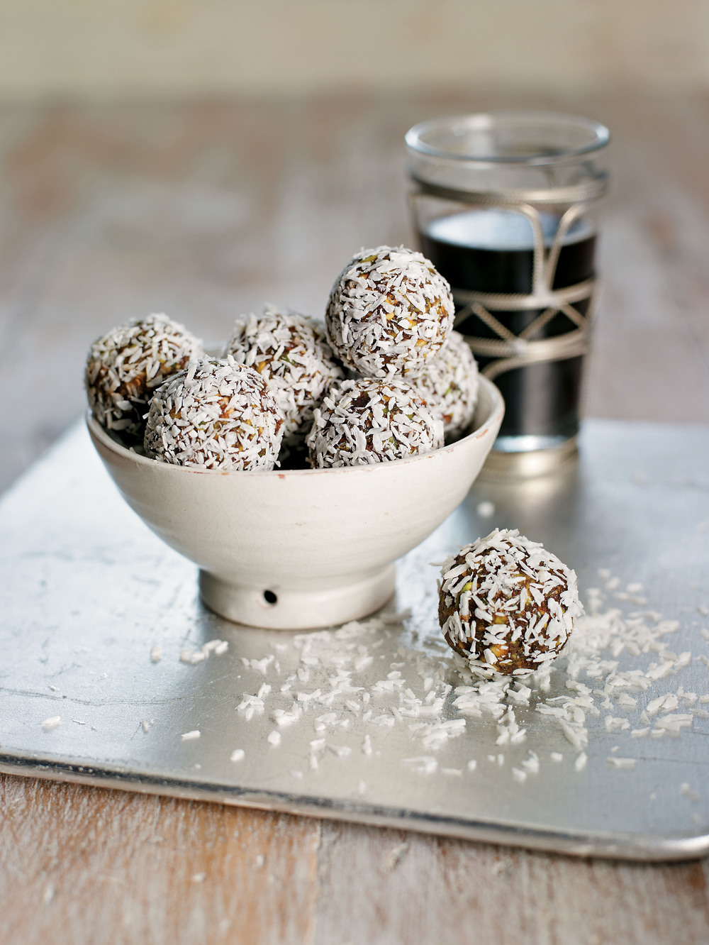 Date and Pistachio Truffles - AOL Living UK