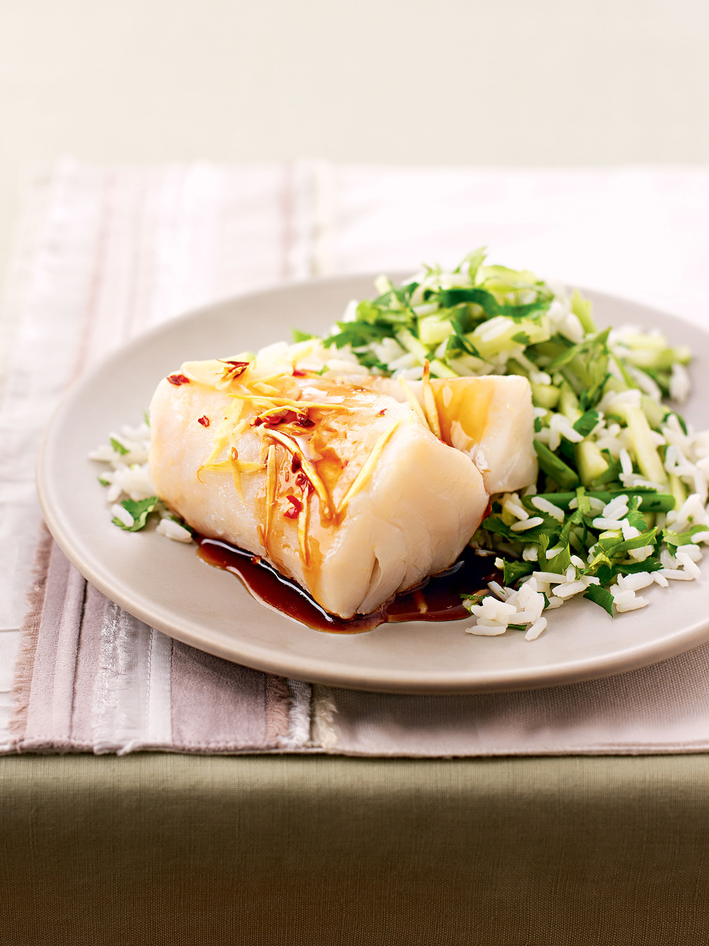 Oven steamed fish with greens recipe for Steam fish in oven
