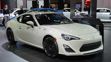 2014 scion fr s and tc monogram series are some spruced coupes autoblog. Black Bedroom Furniture Sets. Home Design Ideas