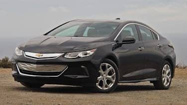 2016 chevrolet volt first drive photo gallery autoblog. Black Bedroom Furniture Sets. Home Design Ideas