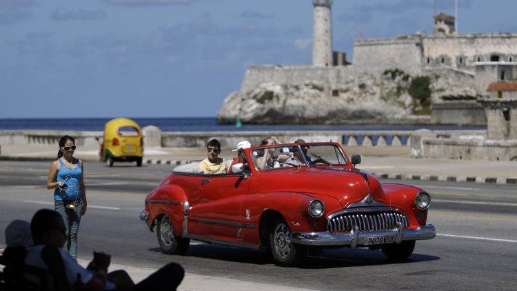 cuba opens up sale of new cars for first time since 1959 revolution autoblog. Black Bedroom Furniture Sets. Home Design Ideas