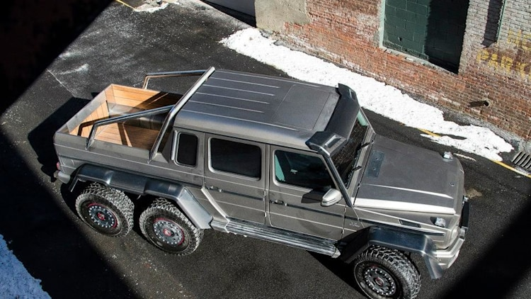 mercedes g63 amg 6x6 is somewhere on american soil right now autoblog. Black Bedroom Furniture Sets. Home Design Ideas