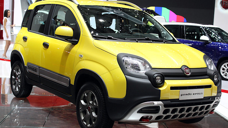 fiat panda cross is a tiny off roader for city and country autoblog. Black Bedroom Furniture Sets. Home Design Ideas