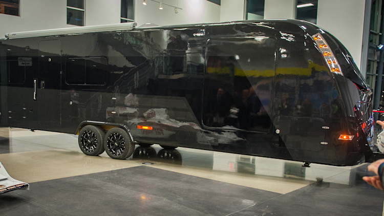 World S First All Carbon Fiber Rv Is Black Green And