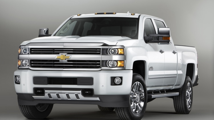 chevy rolls out silverado hd high country autoblog. Black Bedroom Furniture Sets. Home Design Ideas