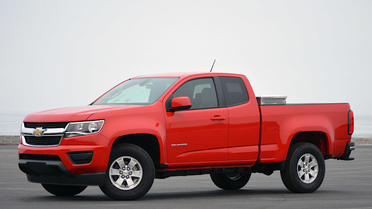 2015 chevy colorado gmc canyon airbag problem causes recall autoblog. Black Bedroom Furniture Sets. Home Design Ideas