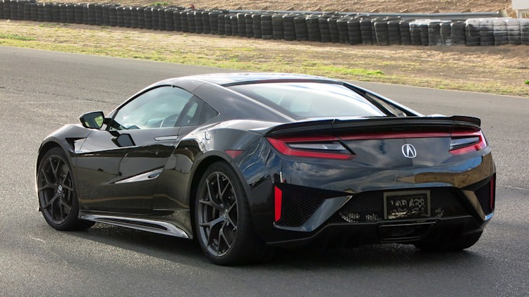 2017 acura nsx first drive photo gallery autoblog. Black Bedroom Furniture Sets. Home Design Ideas